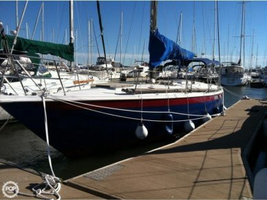 Ericson Yachts 39, 39', for sale - $15,000