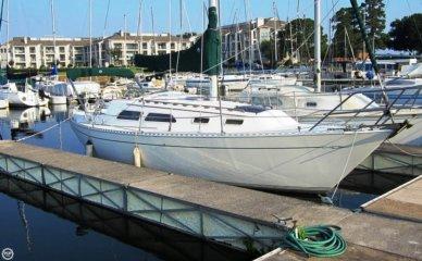 Islander 28, 27', for sale - $12,999