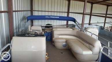 Sun Tracker 22 DLX FISHING BARGE, 22', for sale - $23,750