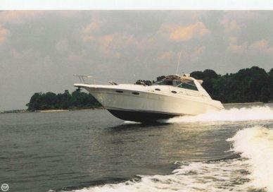 Sea Ray 330 Sundancer, 33', for sale - $60,000