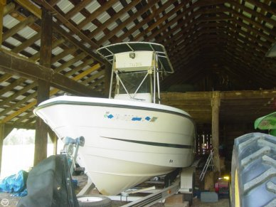 Hydra-Sports 2000 Vector, 20', for sale - $17,500