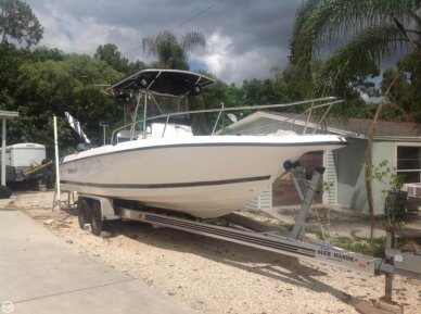 Century 2600 CC, 28', for sale - $32,000