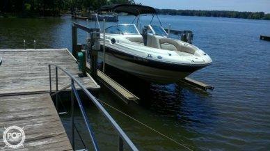 Sea Ray 240 Sundeck, 26', for sale - $28,500