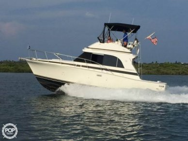 Bertram 33 Flybridge Cruiser II, 33', for sale - $44,100
