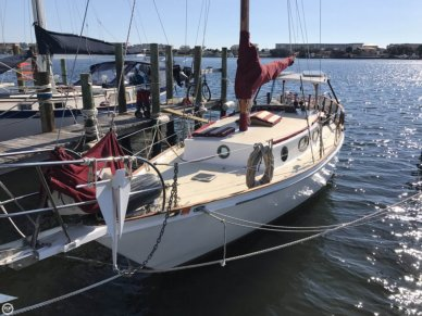 Custom 33, 35', for sale - $19,500