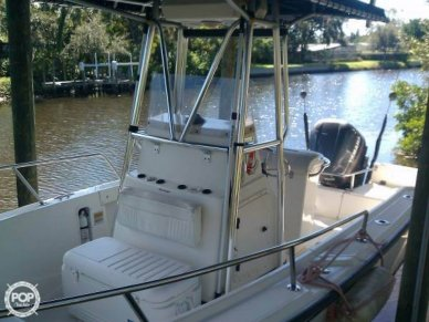 Boston Whaler 20 Outrage, 19', for sale - $17,500