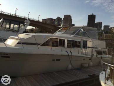 Chris-Craft Catalina 381, 38', for sale - $31,999