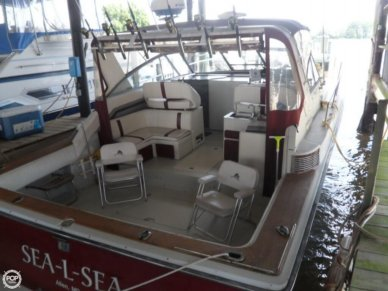 Trojan 10 Meter Express, 33', for sale - $16,000
