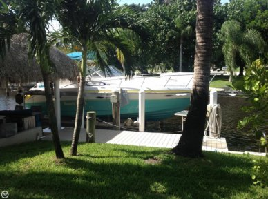 Rinker Fiesta Vee 280, 28', for sale - $14,000