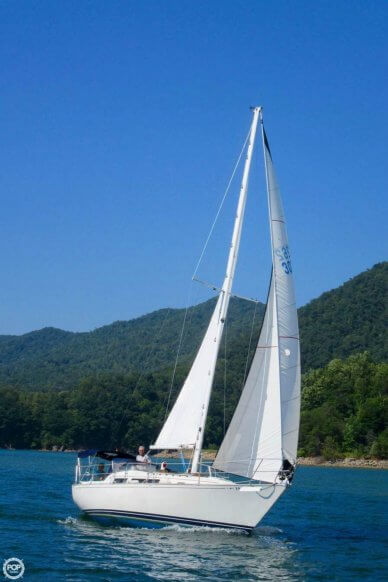 C & C Yachts Landfall 35, 34', for sale - $35,990