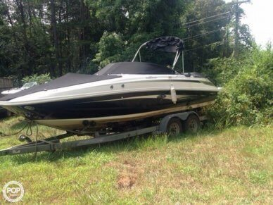 Sea Ray 240 Sundeck, 24', for sale - $28,000