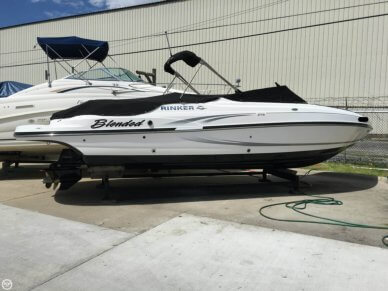 Rinker Captiva 276 BR, 29', for sale - $65,000