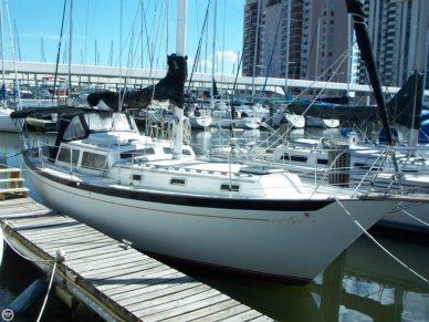 Islander 38 Freeport Sloop, 38', for sale - $44,500