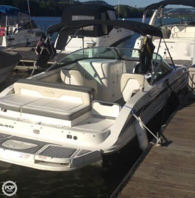 Sea Ray 240 Sundeck, 24', for sale - $39,500