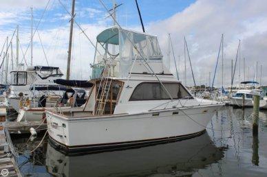 Egg Harbor 33, 32', for sale - $26,000