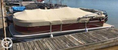 Lowe 250 Suncruiser, 24', for sale - $23,400