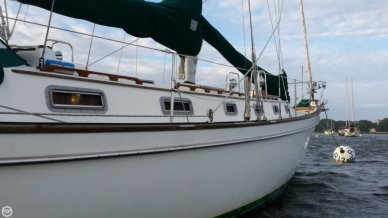 Pearson 424 Cutter- Plan C, 42', for sale - $54,900
