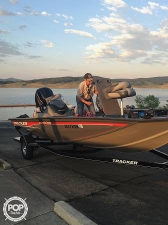 Bass Tracker 19, 19', for sale - $26,200