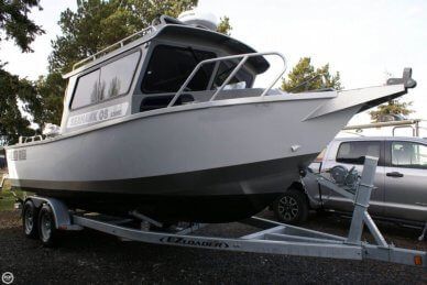North River Seahawk OS 2300C, 25', for sale - $95,000