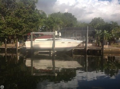 Sea Ray 300, 31', for sale - $17,500