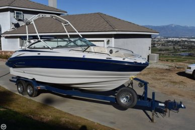 Crownline 260 LS, 26', for sale - $35,000