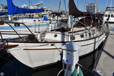 Weatherly 32, 31', for sale - $56,000