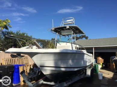 Robalo 2420 Center Console, 25', for sale - $32,200