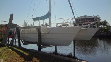 Cobra 35, 34', for sale - $36,200
