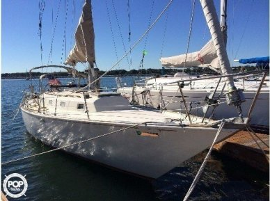 C & C Yachts 40, 39', for sale - $19,500