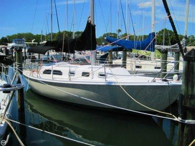 Ericson Yachts 32, 32', for sale - $13,995
