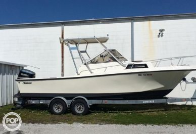Mako 230 Walkaround, 26', for sale - $12,000