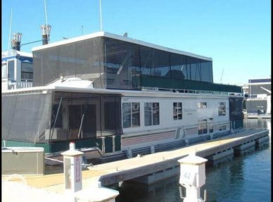 Stardust 16 x 63, 63', for sale - $150,000