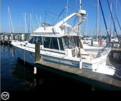 Bayliner 3270 Motor Yacht, 35', for sale - $10,500