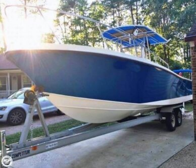 Mako 261, 26', for sale - $19,995