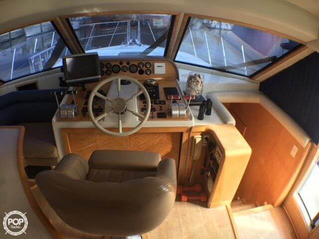1998 Navigator 5300 Classic For Sale