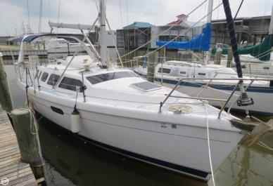 Hunter 310, 31', for sale - $44,600