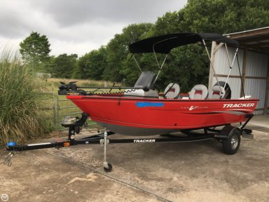 Tracker PRO GUIDE V16 SC, 16', for sale - $18,000