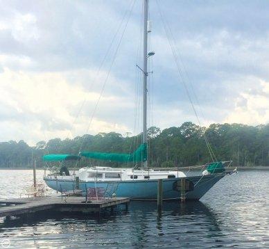 Seafarer 38, 37', for sale - $14,999
