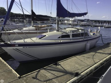 O'day 272 Masthead Sloop, 26', for sale - $10,000
