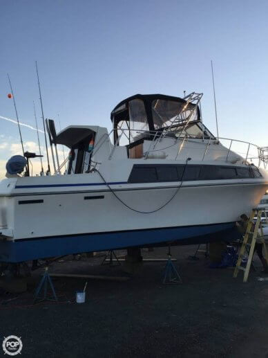 Carver 32, 32', for sale - $31,200
