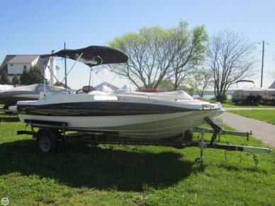 Bayliner 197 Sport Deck, 18', for sale - $18,995