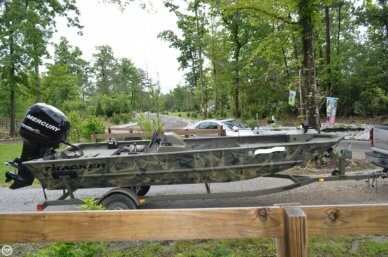 Tracker 1754 Grizzly, 17', for sale - $15,500