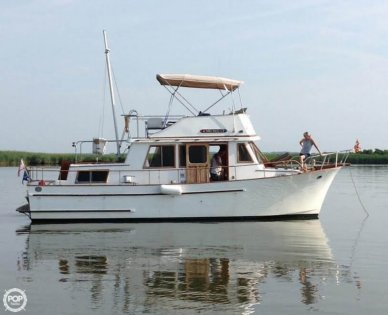 Universal Chien Hwa 35, 35', for sale - $25,000