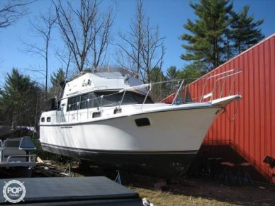 Carver 3607 Aft Cabin, 35', for sale - $20,000