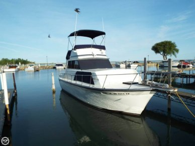 Marinette 32, 32', for sale - $20,500