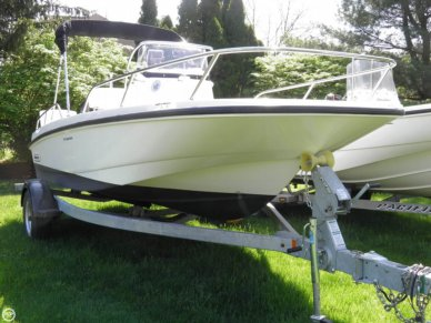 Boston Whaler 170 Dauntless, 17', for sale - $35,000