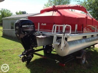 Sun Tracker Bass Buggy 18 DLX, 20', for sale - $22,000