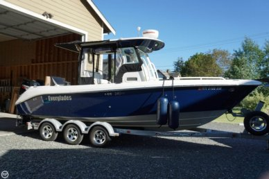 Everglades 240 CC, 24', for sale - $84,999