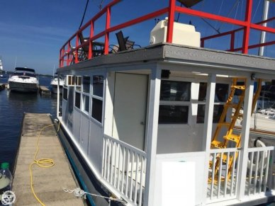 Custom 31FT 4-Pontoon Houseboat, 31', for sale - $29,900