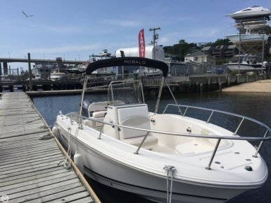 Robalo R200, 20', for sale - $42,999